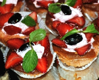 Strawberry Slice Garnish