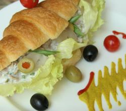 Chicken Croissant Sandwich