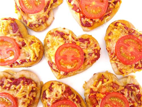 Tomato tarts are not only healthy but tasty too