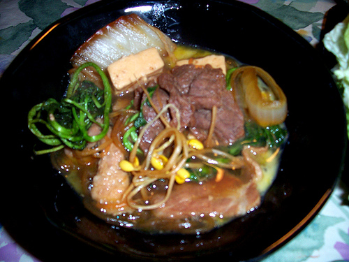 Image Gallery japanese beef hot pot