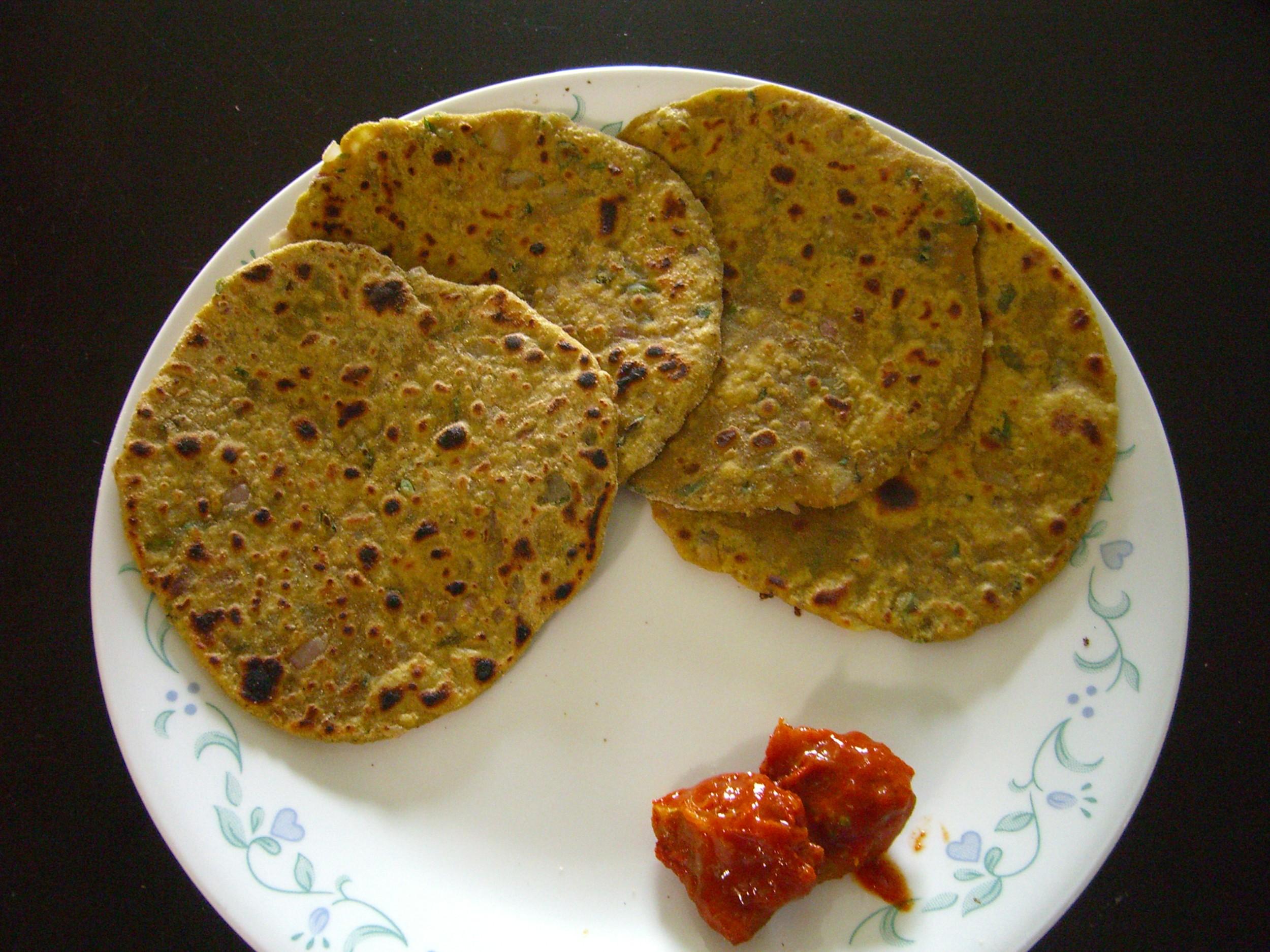Missi roti recipe by sarita bhandarkar for Roti food bar