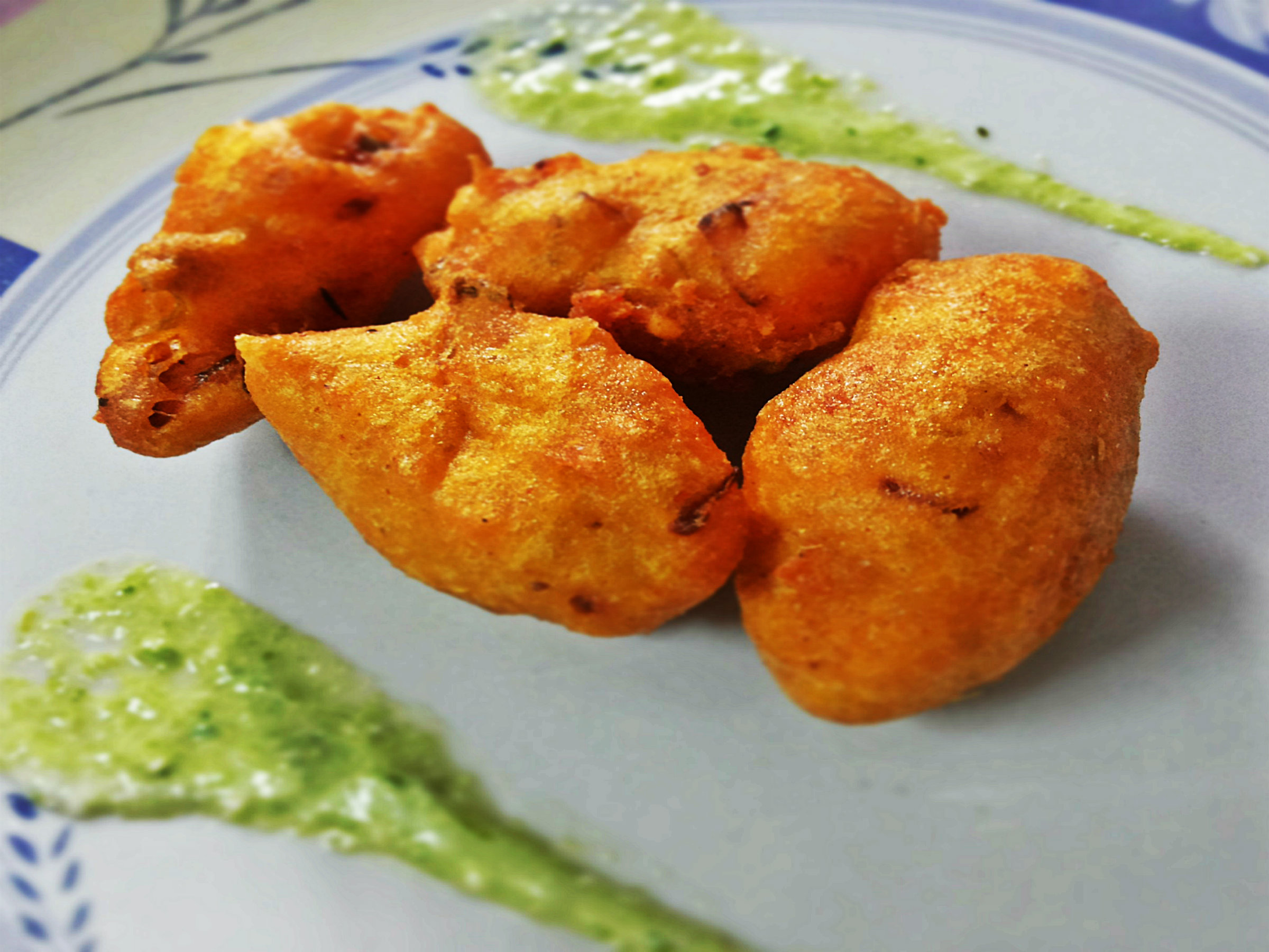 curry thai curry crispy enoki and onion fritters with thai curry mayo ...