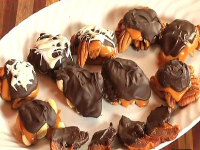 Pecan Turtles And Chocolate Dipped Bacon Recipe Video by ...