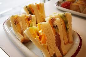 1200 Calorie Diet Menu For 7 Days -- Fruit Sandwich