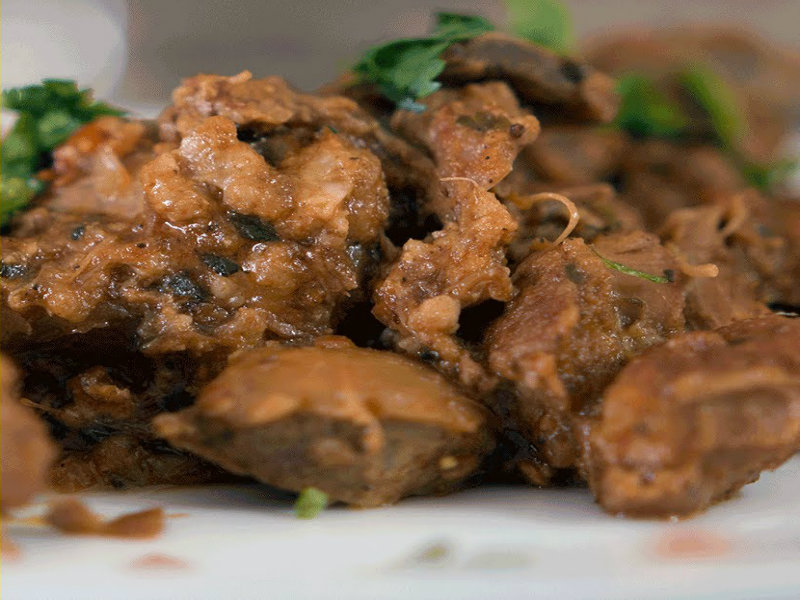 how to make kadai chicken by tarla dalal