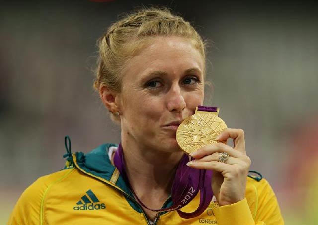 Sally Pearson Wins Gold