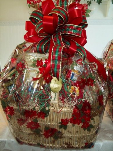Tips to make your own gourmet christmas gift baskets by