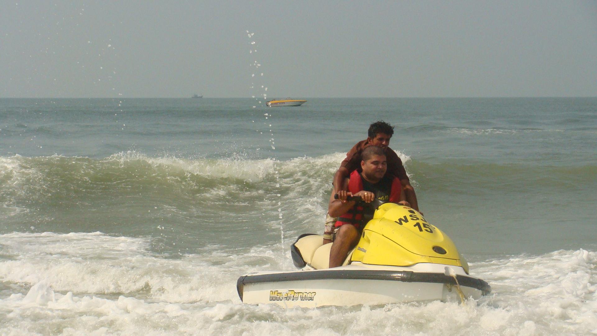 Goan water sports 1