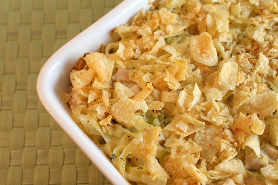 Chicken Noodle Bake - Easy Chicken Casserole