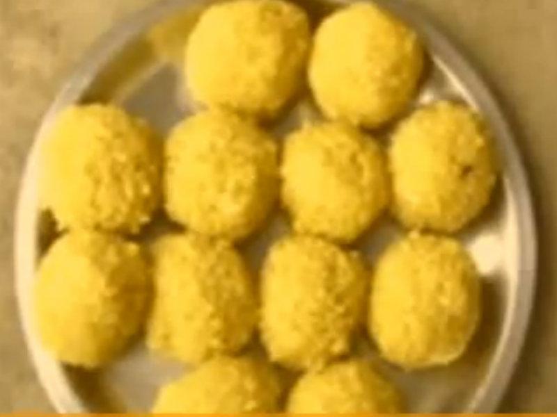 how to make besan ke ladoo in microwave in hindi