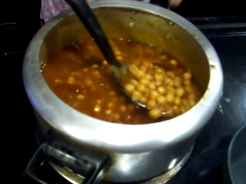 Punjabi Chole / Chickpea Curry / Chana Masala / Garbanzo Beans Indian ...
