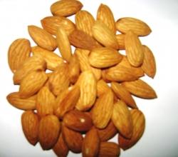 Almond side effects