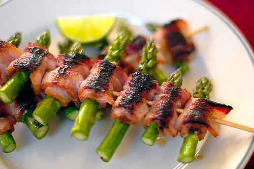 Grilled Asparagus Wrapped in Prosciutto - Grilled Asparagus Starters