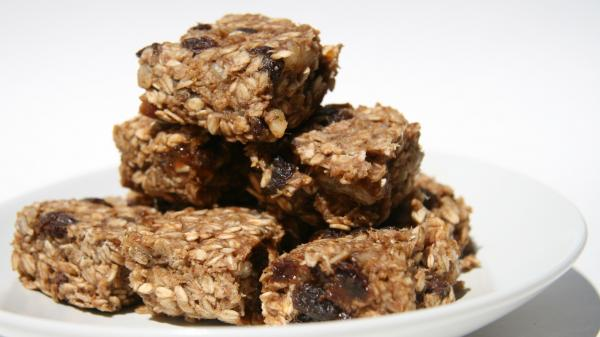 Oatmeal Sweet Bars with Dried Fruits Recipe Video