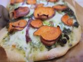 Sweet Potato &amp; Kale Pesto Pizza