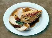 Wegmans Pan-seared Chicken With Apple Maple Gravy
