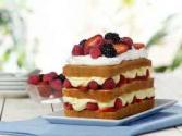 Puff Pancake With Summer Berries