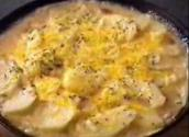 Pan Scalloped Cheddar Potatoes