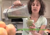 Vegan Grapefruit And Greens Smoothie