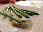 Asparagus With Walnut Sauce