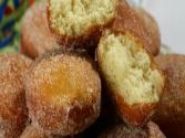 Bombe Fritte ( Deep-fried Doughnuts )