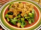 Steamed Broccoli With Garlic Ginger Sauce And Tofu