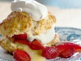 Brown Sugar Shortcakes With Strawberries And Brown Sugar Cream
