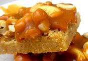 Caramel Cashew Shortbread Bars