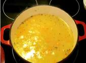 Cheese Milk Soup With Caraway Rounds