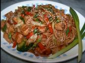 Chinese Chicken And Vegetable Lo Mein