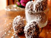 """chokladbollar"": Swedish Chocolate Balls"