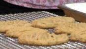 Homemade Crispy Peanut Butter Cookies