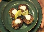 Crab Cakes With White Sauce