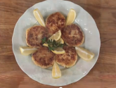 Chat&#039;n Dish: E10 - Kc&#039;s Crab Cakes