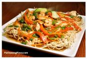 Crispy Noodles With Chicken And Shrimp Sauce 