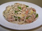 Easy Creamy Seafood Spaghetti