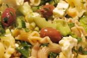 Easy Mediterranean Pasta Salad