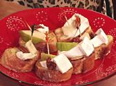 French Toast With Triple Crème Goat Brie, Pear & Candied Pecan Appetizer