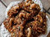 How To Make Granola Bars - Healthy Granola - Carrot Cake Granola Bars