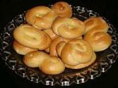 Greek Easter Biscuits ( Koulourakia )