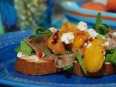 Grilled Peach, Prosciutto &amp; Crostini Salad