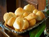 How To Make Cloverleaf Rolls