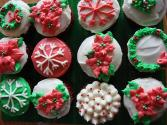 How To Decorate Your Christmas Cupcakes