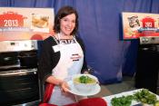 Josie Shapiro's 'faux-pho' Wins Manischewitz Cook-off