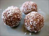 Tips To Make Date Balls For A Perfect Dinner Party