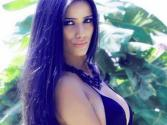 Poonam Pandey Strips For Shahrukh Khan\'s Kolkota Knight Riders