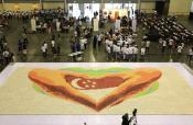 World's Largest Cupcake Mosaic In Singapore