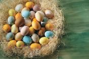 Easter Eggs – Go Natural!!