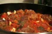 Baked Meatballs In French Wine Sauce