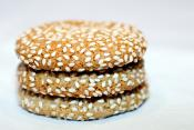 Sesame Seed Cookies With Raisins
